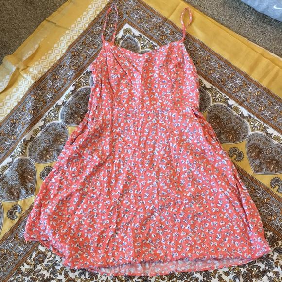 SO Dresses & Skirts - Great dress